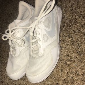 Nike white cheer shoes